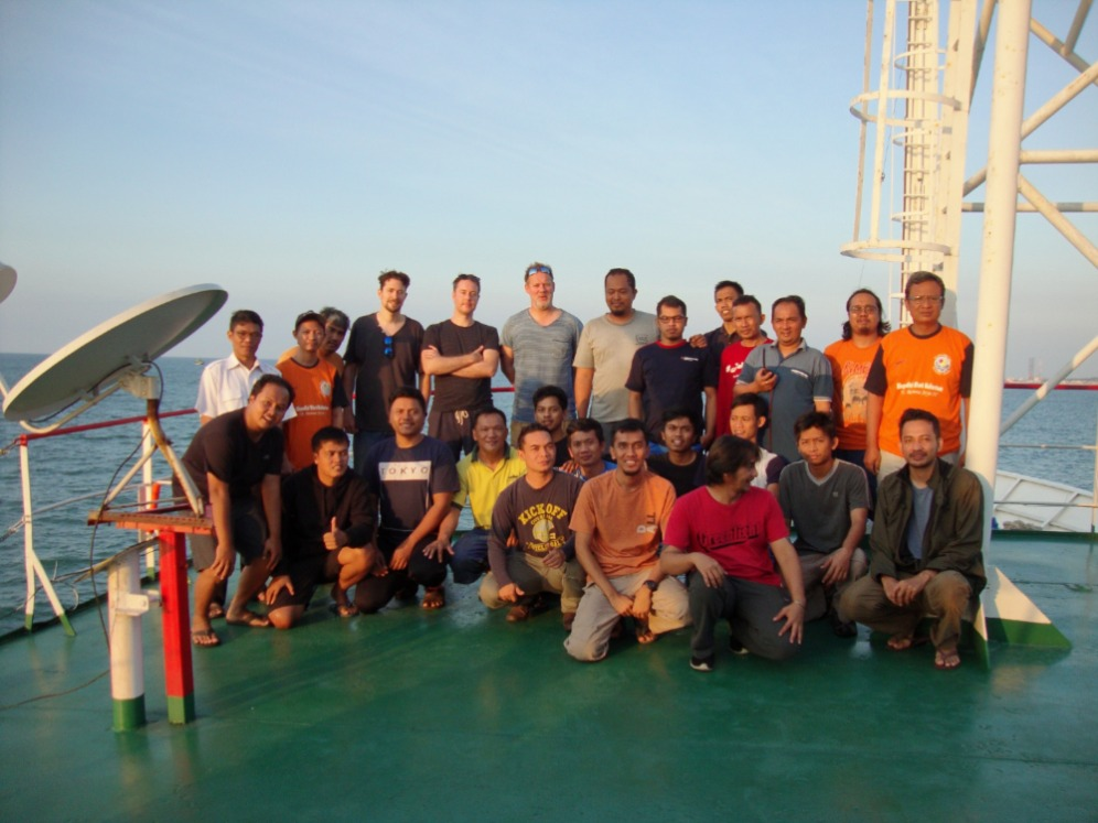 The Indonesian and Dutch team members who carried out the fieldwork in 2019 (photo: ARKENAS/Cultural Heritage Agency of the Netherlands).